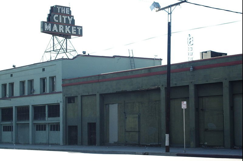 CityMarket010-EastSideAndSign-2006-10-02.jpg