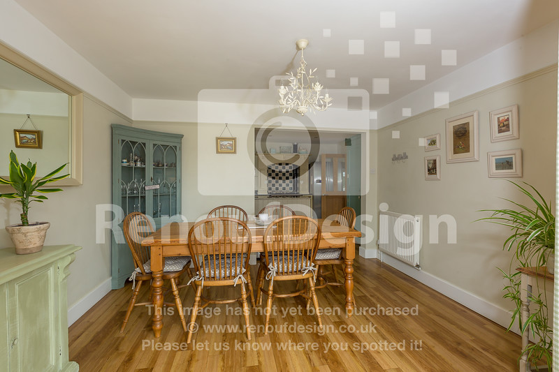 21 - Four Bedroom New Forest Chalet Bungalow with Annexe and Garden Room - For Sale