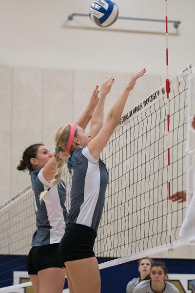 HPU Volleyball-91768.jpg