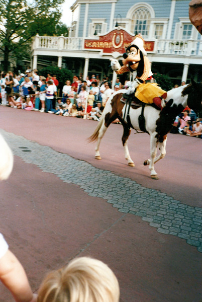 1989_January_Disney World_0004_a.jpg