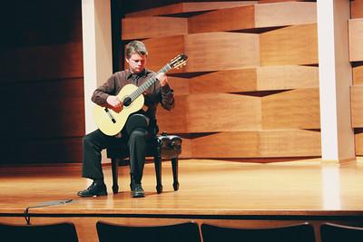 2013 - William Brettschnieder -Guitarist