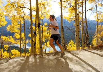 TR-COL-runner_5028-0046