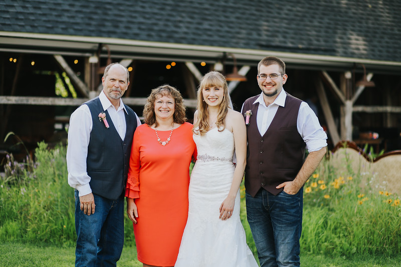 Krotz Wedding-274.jpg