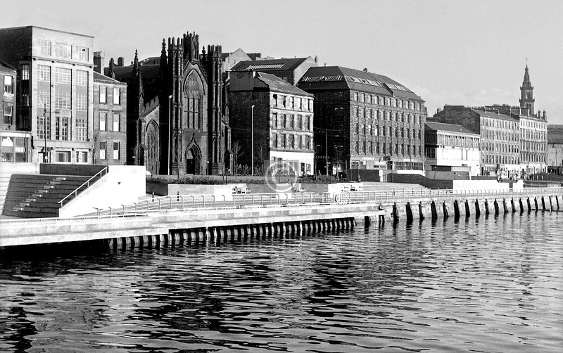 Clyde St from the suspension bridge.  November 1973
