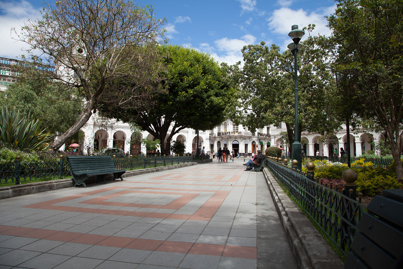 Our favorite place to people watch in Cuenca was Calderón Park.