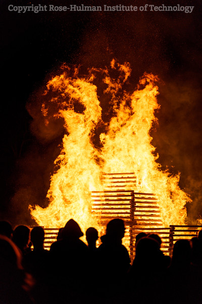 RHIT_Homecoming_2019_Bonfire-7596.jpg