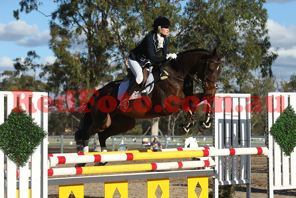 2014 05 18 Moora Horse Trials ShowJumping EvA105