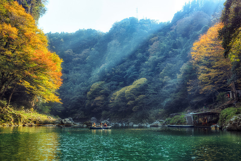Autumn In Japan This is from the Takachiho Gorge on the Gokasa-Gawa River. Beauty was really all around everywhere you looked. Such an amazing place  Read more about this location at AlikGriffin.com