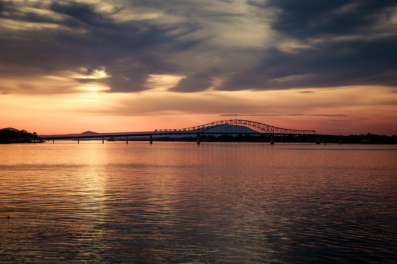 Tri-Cities Bridge-1137.jpg