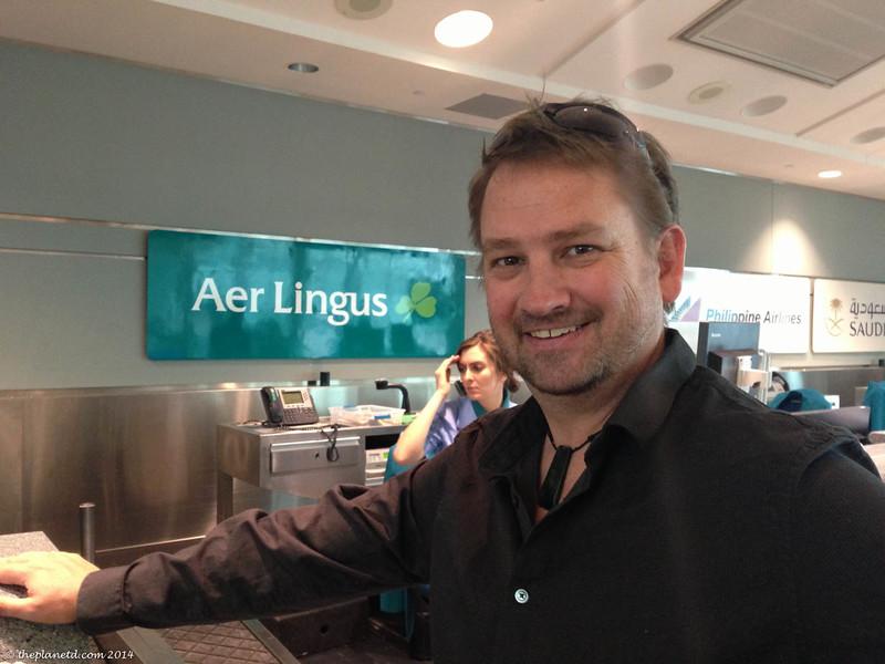 dave-deb-airport-16.jpg