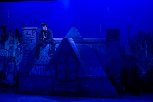 Poppins-Performance