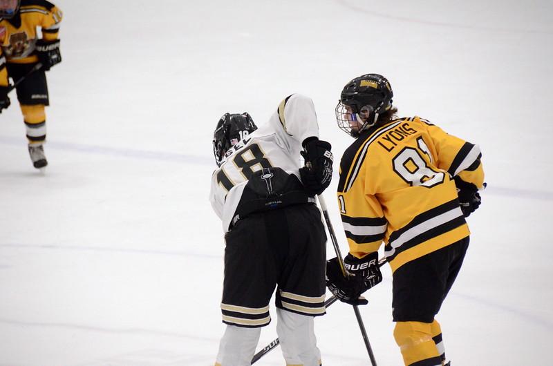 150103 Jr. Bruins vs. Providence Capitals-091.JPG