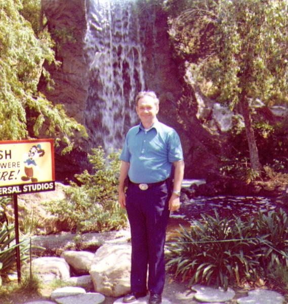 Wayne at Universal Studios, CA .jpg