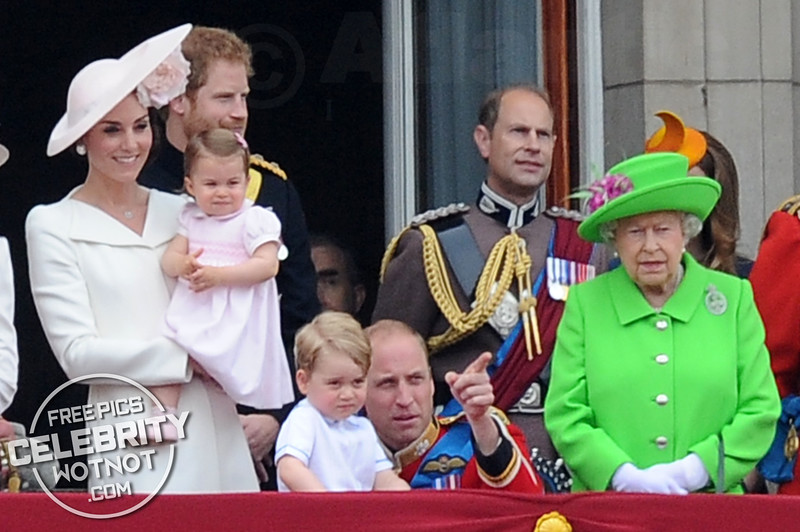 The Queen's Official 90th Birthday With Grandchildren Prince George and Princess Charlotte