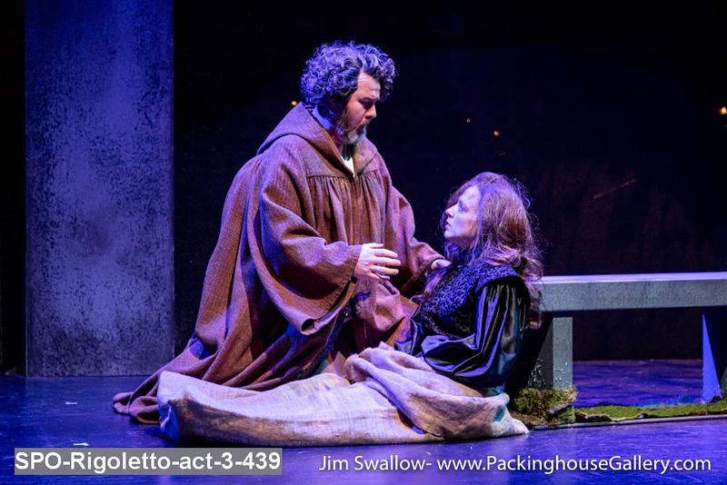 SPO-Rigoletto-act-3-439.jpg