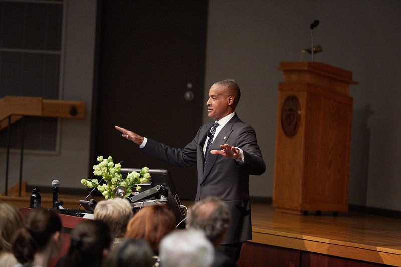 2017_UWL_Cleary_Lecture_Jim_Reynolds_0052.jpg