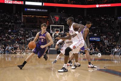 Suns vs Bobcats 11-20-10 Qcitymetro.com/Jon Strayhorn
