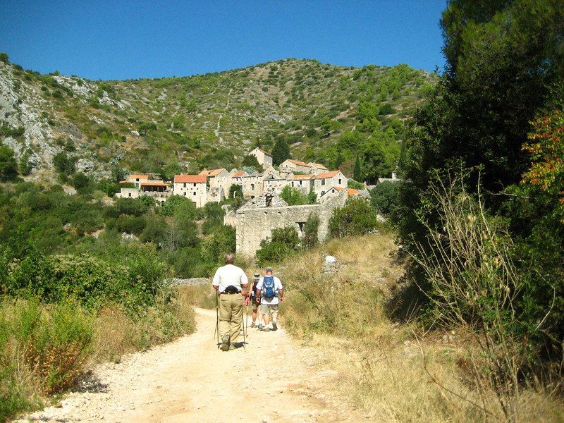 2011 0910 hike to Malo Grablje.jpg