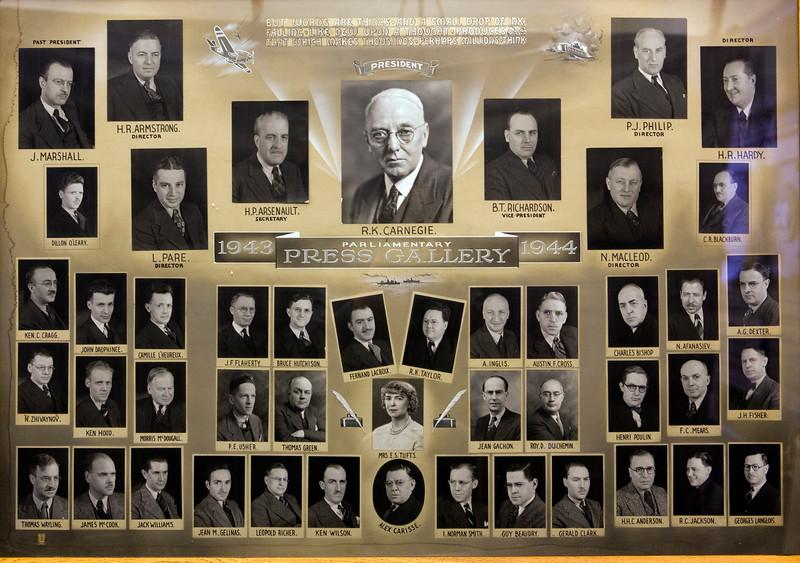 Press Gallery Group 1943-1944.jpg