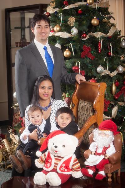 Pioneer Home Christmas December 25, 2013 0083.JPG
