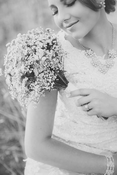Bridals-43BW.jpg