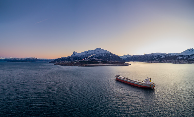 Bulk carrier 'Lowlands Sunrise' aerial