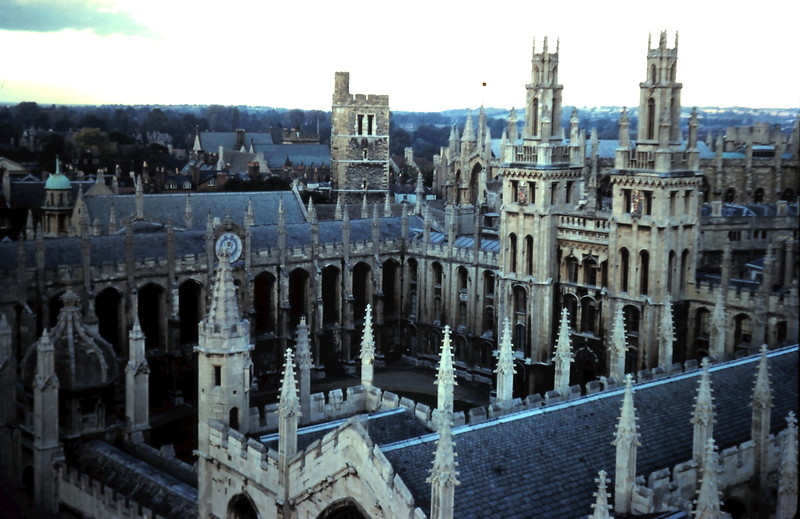 1959-10-19 (14) All Souls College, Oxford, England.JPG