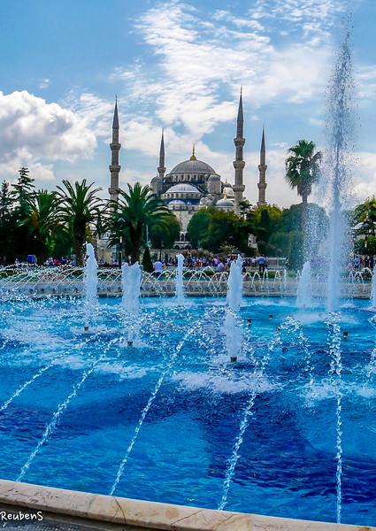 fountain  mosque.jpg