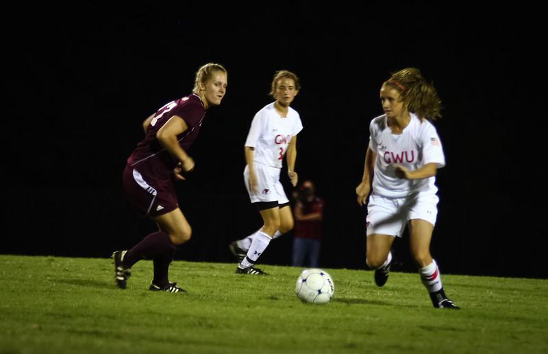 W. Soccer vs. Winthrop_09-27-2011_-88.jpg