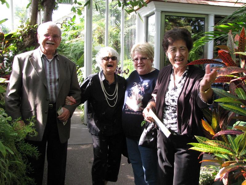 2012-10-25-Seniors-Phipps-Trip_004.JPG