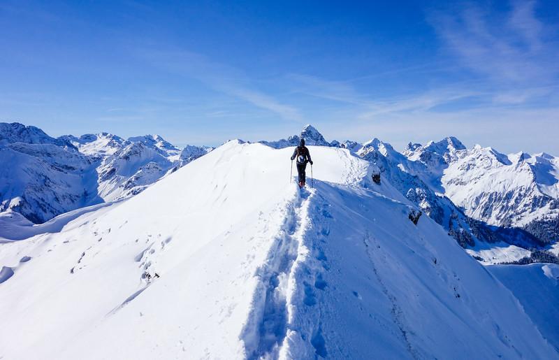 Güntlespitze summit ridge