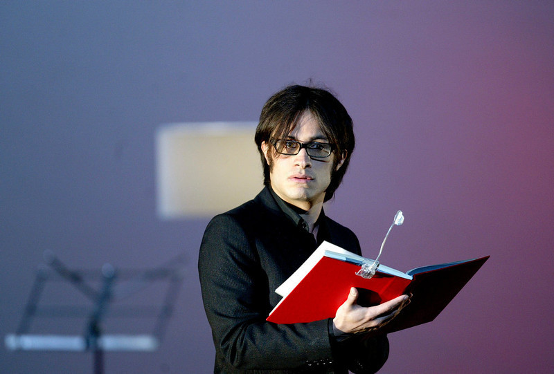 ". Mexican actor Gael Garcia Bernal performs during a theatrical reading of Jose Saramago\'s novel ""Las Intermitencias de la Muerte\"" at the Diana Theatre Wednesday, Nov. 29, 2006, in Mexico. (AP Photo/Guillermo Arias)"