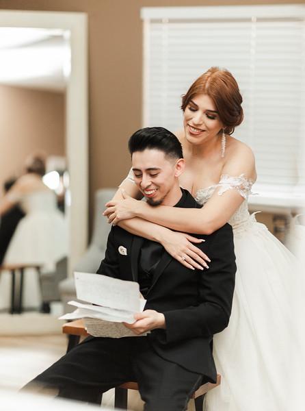 Alexandria Vail Photography Wedgewood Fresno Wedding Alexis   Dezmen277.jpg