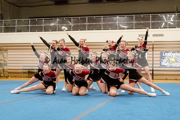 Cheer League meet at LCHS - Portland Varsity