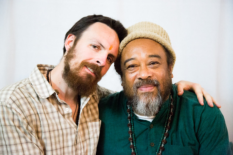 20160323_Moments with Mooji_meeting about sharing satsang_063.jpg