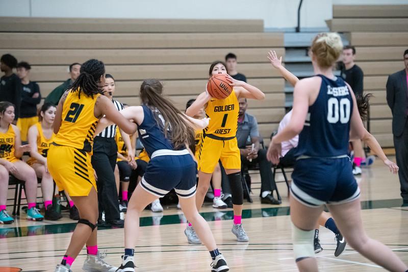 Basketball-W-2020-01-31-7876.jpg