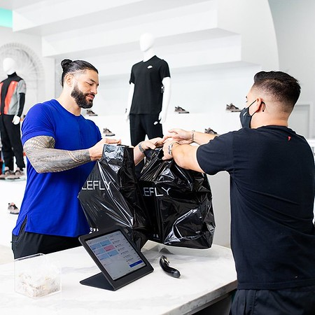 Roman Reigns - Digitals / Sneaker Shopping with complex