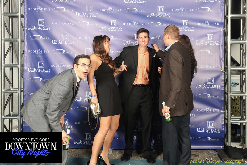 rooftop eve photo booth 2015-822