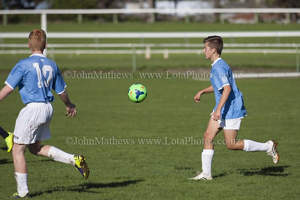 20150509 Football - U15A HIBS v Tawa College _MG_0828 WM