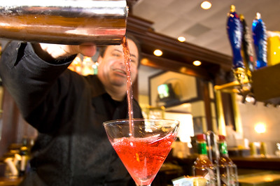 """Coctail is served in """"Harvey's Bistro"""" in Downtown , Orlando, Florida, United States of America"""