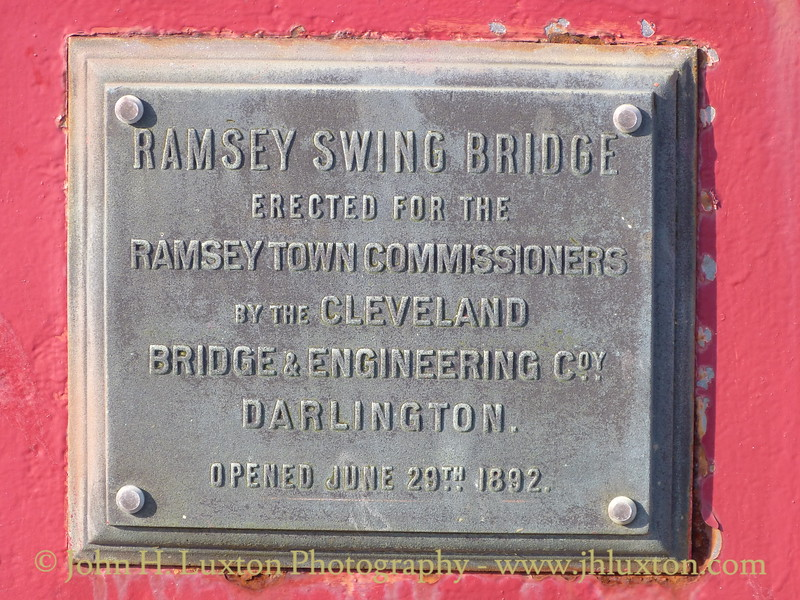 Ramsey Harbour swing bridge links the town of Ramsey, Isle of Man, to the Mooragh Promenade, The bridge carries a road and a footway over the Sulby River.
