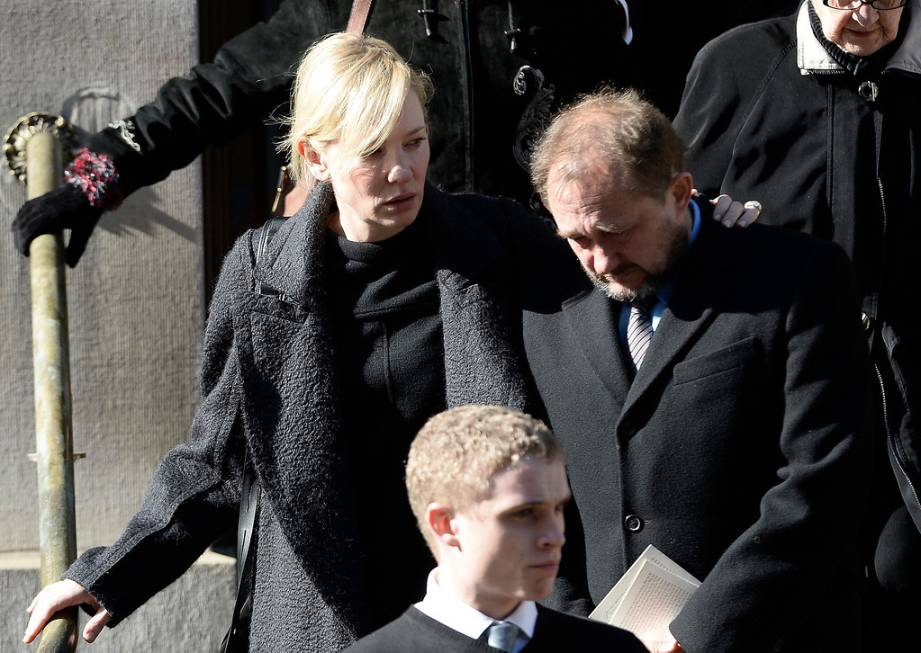 . Australian actress Cate Blanchette (L) leaves the Funeral Mass for US Actor Phillip Seymour Hoffan at St Ignatius Church in New York, New York, USA 07 February 2014. Hoffman, 46, died 02 February from a suspected drug overdose.  EPA/ANDREW GOMBERT