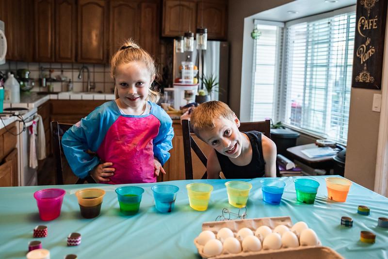 Easter Egg Dying 2020-9607.jpg