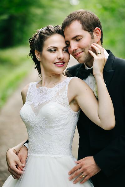 Cyntia és Tony esküvője