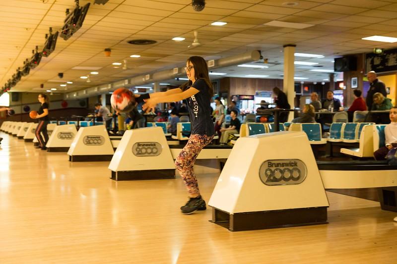 Maddie bowling-9455.jpg