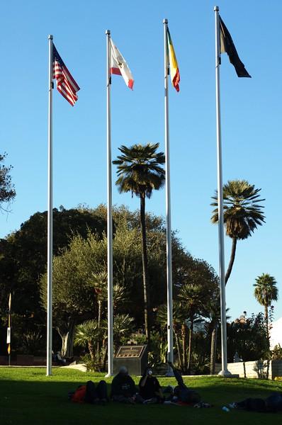 FatherSerraPark001-FlagPoles-2006-11-15.jpg