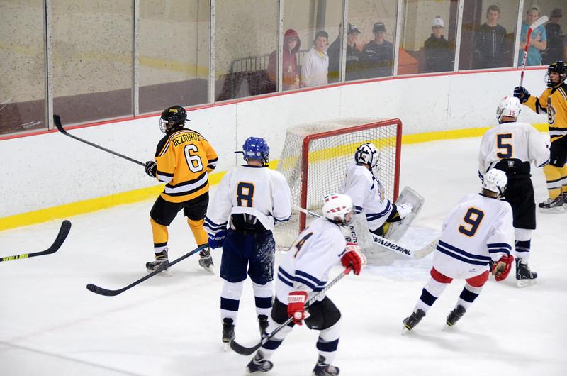 141004 Jr. Bruins vs. Boston Bulldogs-091.JPG