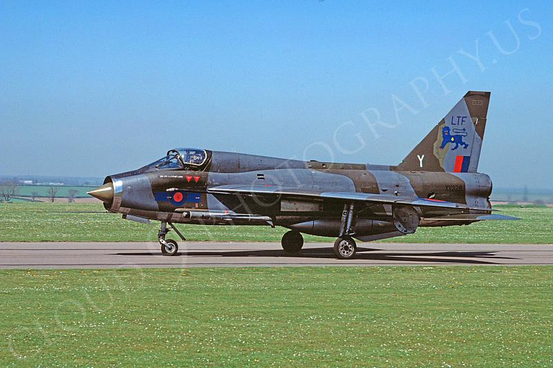 BAC Lightning 00013 BAC Lightning British RAF XV328 May 1980 via African Aviation Slide Service .JPG