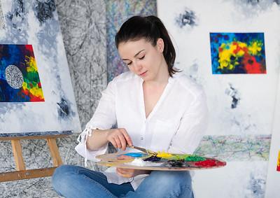 Rudina Morina painting in atelier 2018