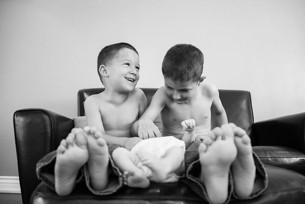 LaG San Diego Newborn & Family Portraits - San Carlos